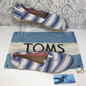 Toms Slip Ons